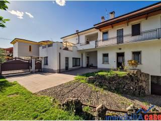 Foto - Villa bifamiliare via Giuseppe Giusti 40, Varedo