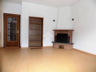 Foto - Appartamento via Roma 91, Montoggio