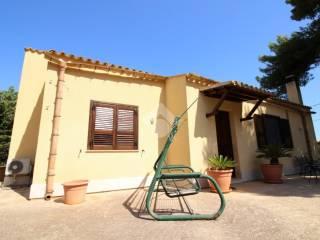 Foto - Villa unifamiliare piazza Entello 1, Pizzolungo, Erice