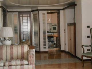 Foto - Appartamento via Carlo Poerio, Chiaia, Napoli