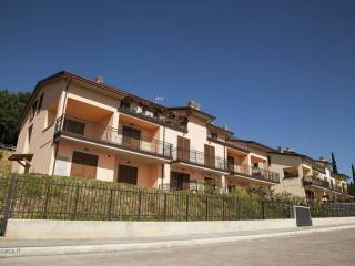 Foto - Bilocale nuovo, piano terra, Assisi