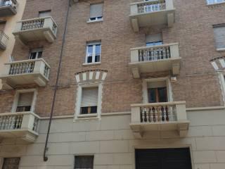 Foto - Trilocale via Padova 7, Aurora, Torino
