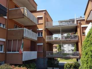 Foto - Quadrilocale via L  Morelli, Varano Borghi