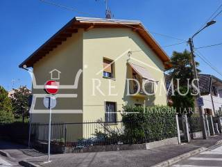 Foto - Appartamento in villa via Zara 58, Varedo