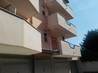 Foto - Bilocale via Romagna, Bernareggio
