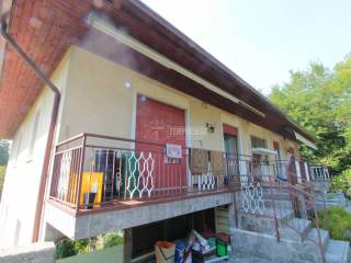 Foto - Villa bifamiliare via Aldo Moro, Mirovano, Alzate Brianza