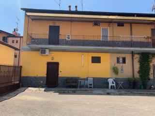 Foto - Bilocale via Piave, Cesano Boscone