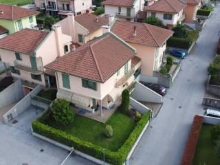 Photo - Single family villa via Monsignor Scalafiotti, Manta