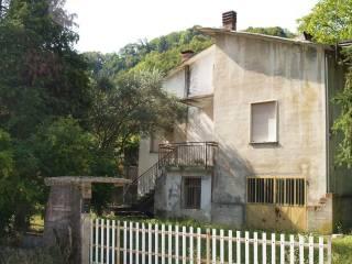 Foto - Terratetto unifamiliare 100 mq, da ristrutturare, Chiampo
