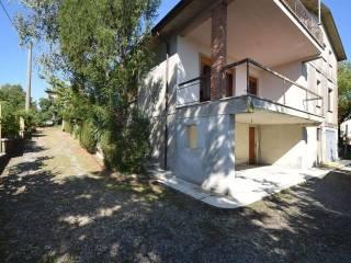 Foto - Villa unifamiliare, da ristrutturare, 300 mq, Agazzano