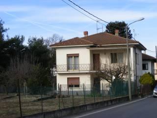 Foto - Trilocale buono stato, primo piano, Castelletto Sopra Ticino