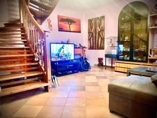 Foto - Villa a schiera 4 locali, buono stato, Locate di Triulzi