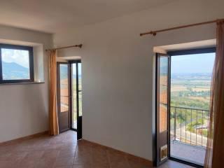 Foto - Trilocale buono stato, terzo piano, Ponzano Romano