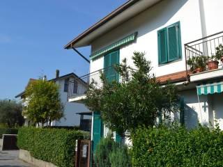 Foto - Villa a schiera piazza Fontana 14-N, Valmadrera