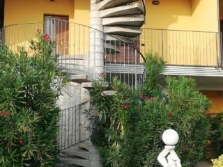 Foto - Appartamento in villa via Mario Preda, Verano Brianza