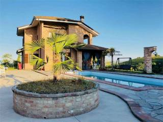Foto - Villa unifamiliare, ottimo stato, 300 mq, Calosso