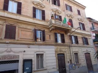 Foto - Appartamento buono stato, terzo piano, Bracciano