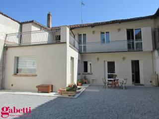 Photo - Maison à étage plurifamiliales piazza Roma, Bra