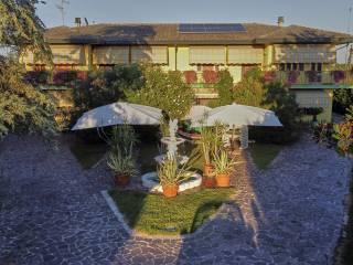 Foto - Villa plurifamiliare via Sandano 16, Correzzola