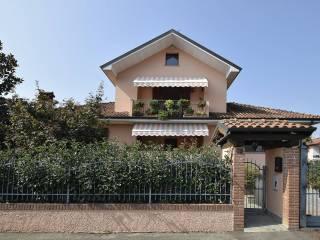 Foto - Villa unifamiliare via Giosuè Carducci, Vellezzo Bellini