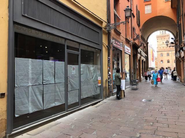 Locale commerciale via Clavature 3, Bologna, rif. 82844243 ...