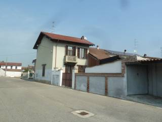 Foto - Villa a schiera via Battista Belluati 3, Motta de' Conti