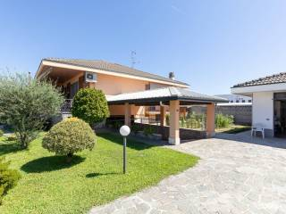 Photo - Single family villa via Modigliani 4, Magnago
