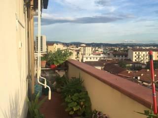 Foto - Appartamento nuovo, sesto piano, Castello, Firenze