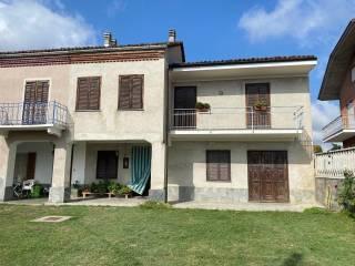 Photo - Single-family townhouse frazione Balla Lora, Santo Stefano Roero