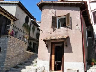 Foto - Bilocale via Giuseppe Garibaldi 10, Castel San Pietro Romano