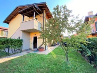 Foto - Appartamento in villa via Don Leone Foiadelli 21, Ponte San Pietro