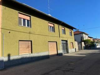 Photo - 3-room flat via Marco Marino 15, Abbiategrasso