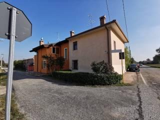 Foto - Villa a schiera via Begozza 30, Villimpenta