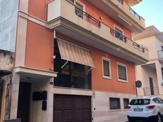 Foto - Trilocale via Zingaropoli, San Giorgio Ionico