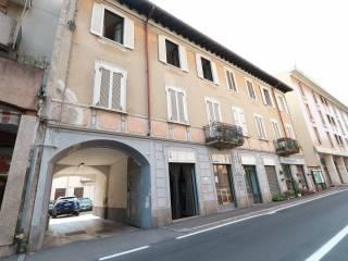 Foto - Trilocale via Gian Battista Grassi 18, Rovellasca