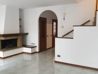 Foto - Villa a schiera via Roma 5, Mediglia