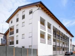 Foto - Trilocale via Giovanni Pascoli, Carugo