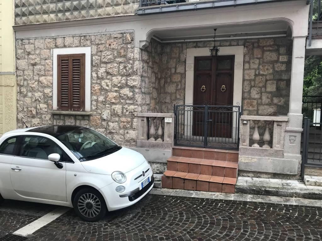 Vendita Appartamento Villalago. Trilocale in via Giuseppe ...
