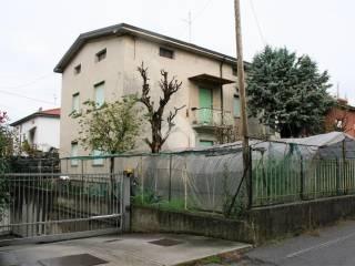 Foto - Villa bifamiliare, da ristrutturare, 250 mq, Stezzano