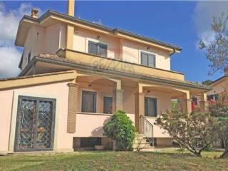 Foto - Villa bifamiliare via Domenico Alaleona, Infernetto, Roma