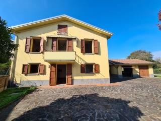Foto - Villa unifamiliare via Staffola, Guastalla