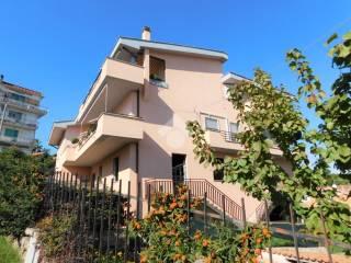 Photo - 4-room flat via Gabriele d'Annunzio 22, Rignano Flaminio