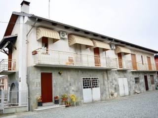 Foto - Villa bifamiliare via Circonvallazione 18, Monasterolo di Savigliano