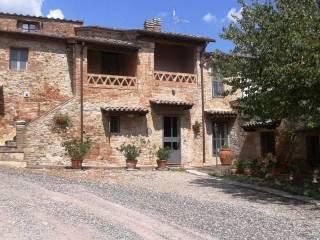 Foto - Casa colonica, ottimo stato, 415 mq, Quinciano, Monteroni d'Arbia