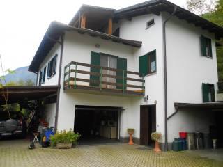 Foto - Villa unifamiliare via Cristoforo Colombo, Piantedo