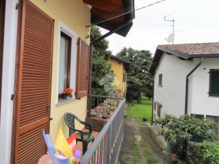 Foto - Trilocale via monte santo 9, Robbiano, Giussano