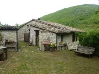Foto - Rustico, buono stato, 70 mq, Serrapetrona