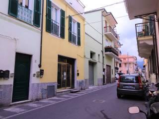 Foto - Trilocale via Patrioti, Borghetto Santo Spirito