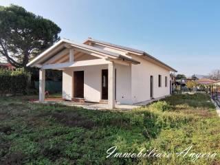 Foto - Villa unifamiliare via Campaccio, Angera