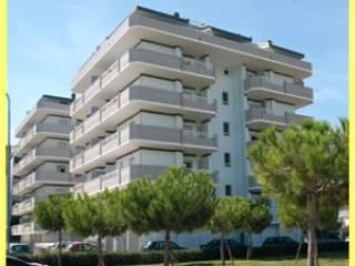 Foto - Trilocale via Pompeo, Lungomare Marconi, Alba Adriatica